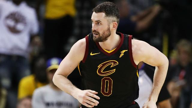Love wants to stay with James, Cavs