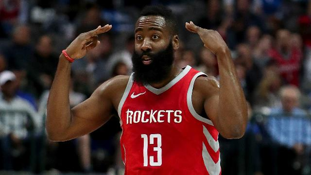 Rockets extend win streak to 15