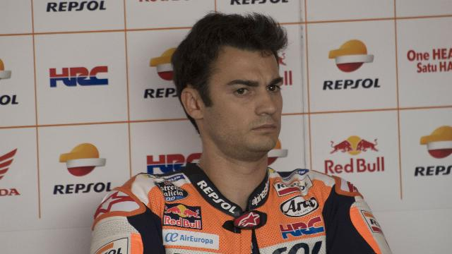Pedrosa a doubt with broken wrist